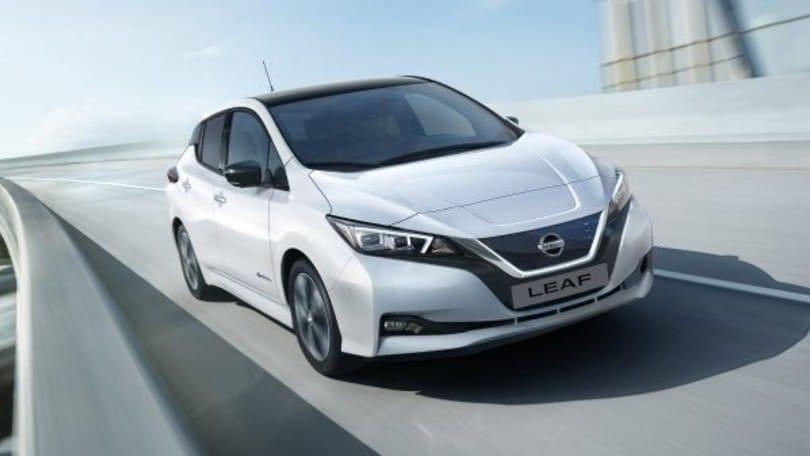 """Nissan Leaf eletta """"Best Electric Car"""" ai what car? Awards 2018"""