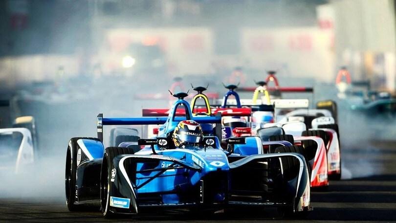 Formula E, il campionato elettrico debutta a Santiago
