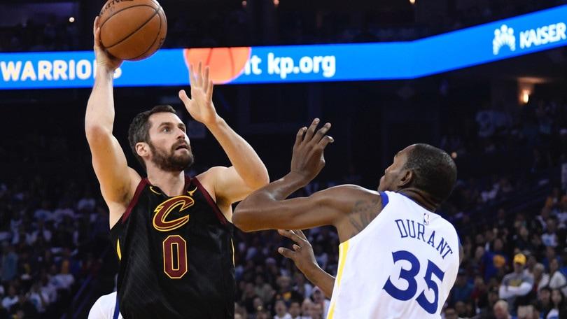 NBA, Kevin Love out almeno due mesi