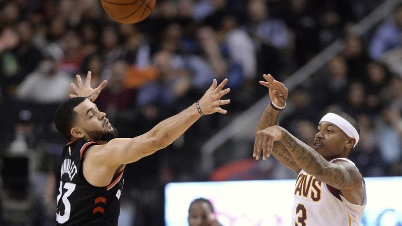 NBA, Isaiah Thomas ai Lakers! Anche Wade e Rose lasciano i Cavs