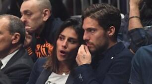 Bologna, Verdi tifa Fortitudo con la fidanzata Laura