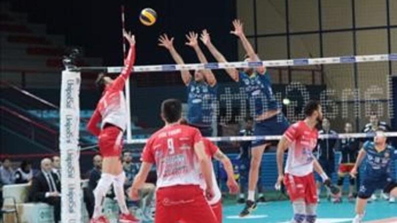 Volley: Superlega, per Ravenna netto successo al PalaFlorio