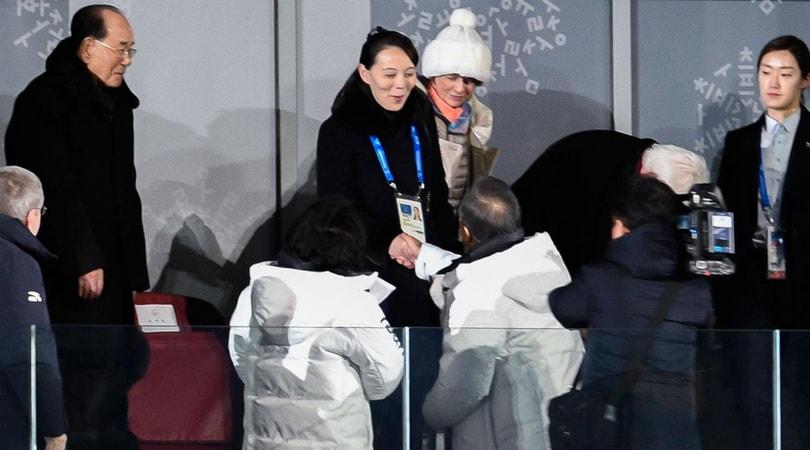 Al via le Olimpiadi invernali: le due Coree hanno sfilato insieme