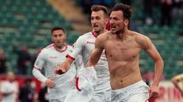 Bari, Kozak piega la capolista: 1-0 al Frosinone