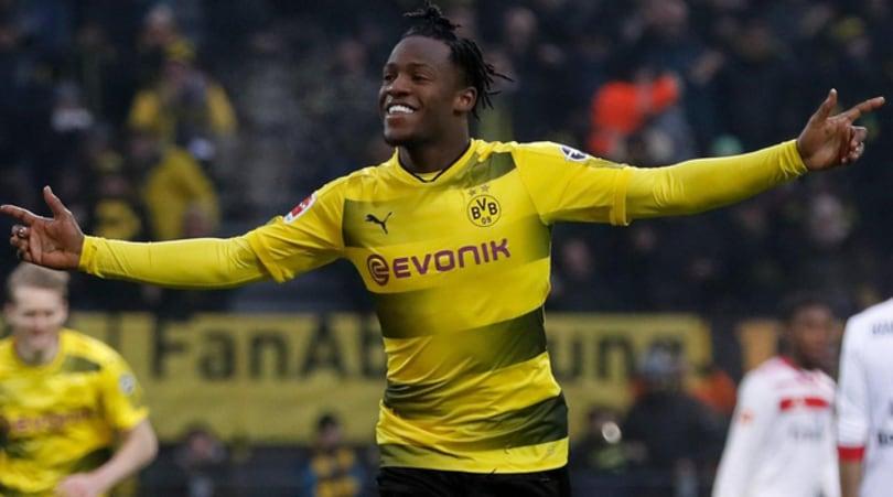 Bundesliga, Dortmund supera l'Amburgo: segna Batshuayi, torna Marco Reus