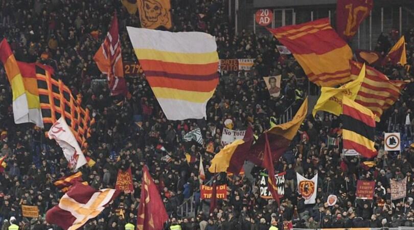 Prefettura Udine: «Romanisti pericolosi», trasferta vietata. Bufera sul web