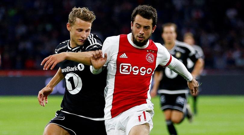 Overmars tranquillizza il Napoli:«Younes ha firmato, non può restare all'Ajax»