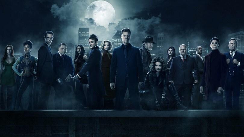 Gotham 3 e le prime quattro stagioni di Arrow in home video