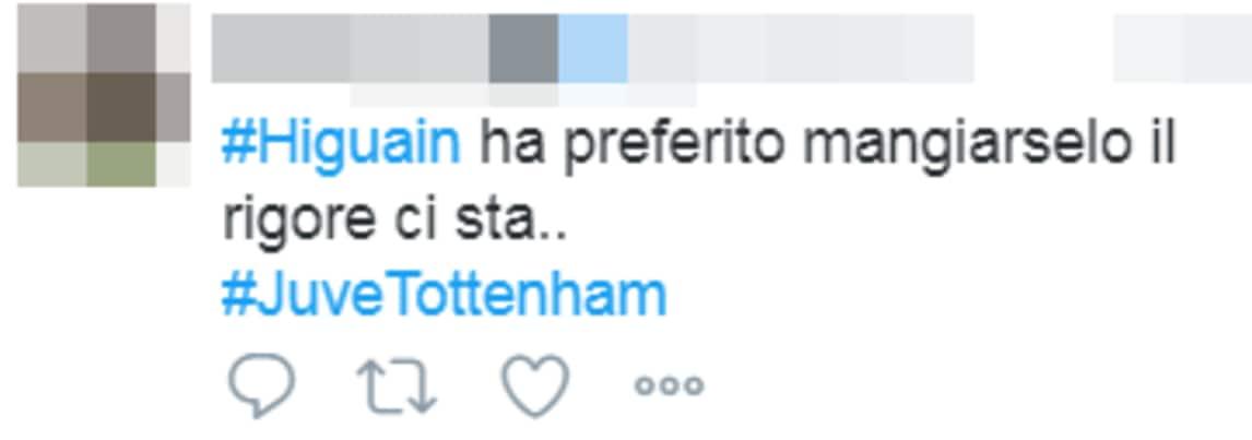 L'argentino segna due gol al Tottenham prima di sbagliare il calcio di rigore dell'ipotetico 3-1: sui social si scatenano con i commenti