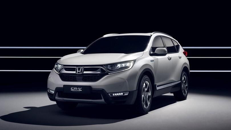 Honda CR-V, debutta la nuova generazione anche in versione ibrida