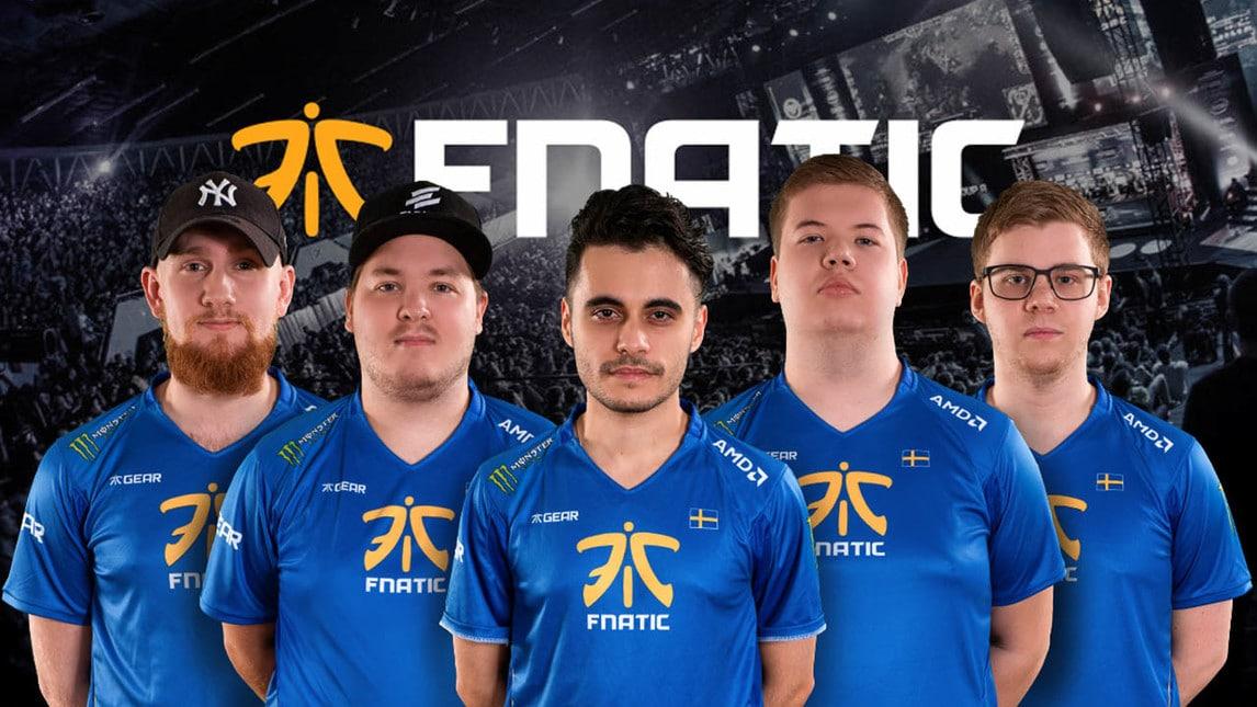 I Fnatic, storico team eSport anche su CS:GO. Il secondo da destra, JW, è la stella della squadra.