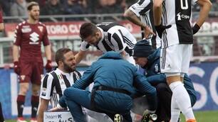Higuain, la caviglia va ko dopo 4' nel derby contro il Torino