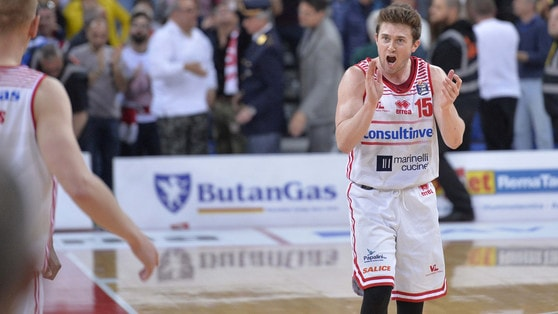 Basket Serie A, Pesaro riabbraccia Clarke