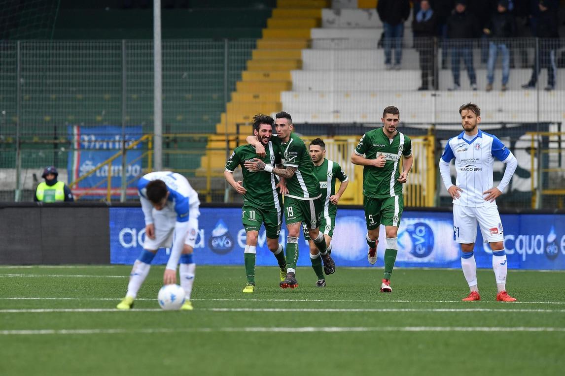 Avellino show: Gavazzi piega il Novara 2-1