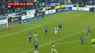 Juventus-Atalanta, il contatto Mancini-Matuidi