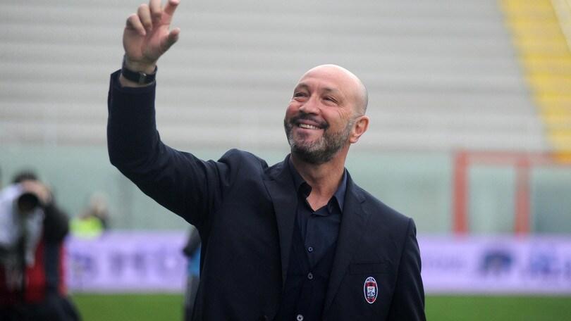 Serie A Crotone, Zenga: «Cordaz out? No problem, gioco io...»