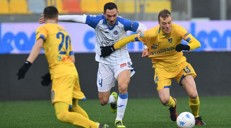 Serie B: il Frosinone torna in vetta, la Salernitana passa a Ascoli e il Cittadella sale sul podio