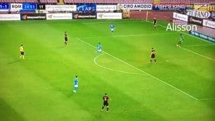 Roma, tutti gli 11 giocatori toccano palla nel gol del 2-1 al Napoli