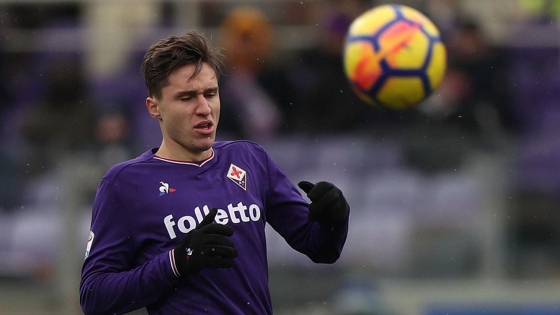 FEDERICO CHIESA (FIORENTINA): 20 anni, attaccante. È noto l'interesse e il corteggiamento del Napoli per il figlio di Enrico.