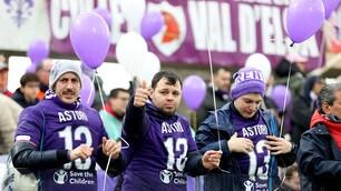 Fiorentina, tanti striscioni per Astori