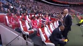 Younes si rifiuta di entrare: l'Ajax lo spedisce in Primavera