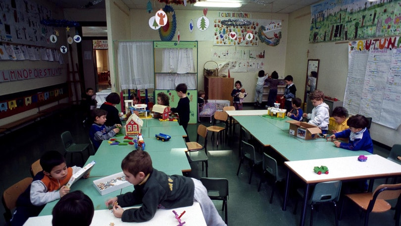 Vaccini: a Milano 4 bambini a casa