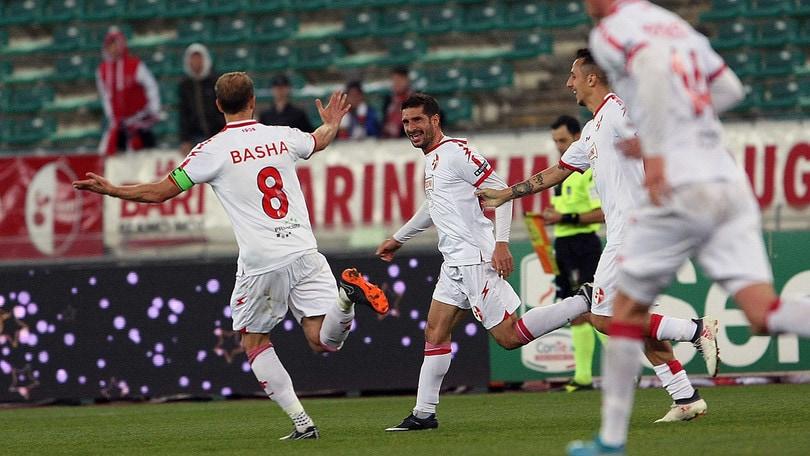 Serie B, Bari-Spezia 1-1: Brienza gol. Il Pescara perde ancora