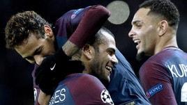 «Così Dani Alves e Neymar hanno spaccato il Psg in cinque clan»