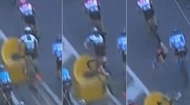 Paura alla Milano-Sanremo: brutta caduta per Cavendish