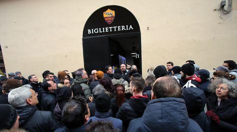 Roma-Barcellona: Olimpico sold out, biglietti esauriti in poche ore