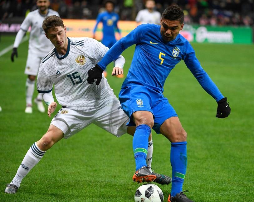 Nell'amichevole di lusso vinta dalla Seleçao il portiere della Roma ha indossato la fascia da capitano, il difensore dell'Inter ha aperto le marcature e l'esterno della Juventus ha giocato titolare nel tridente