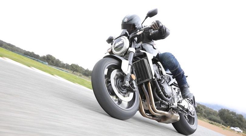 Test Honda CB1000R 2018, muscoli ed eleganza