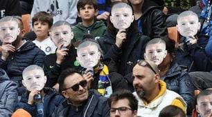 Inter, San Siro celebra Icardi: tutti con la sua maschera