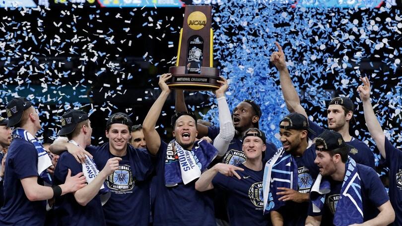 NCAA: DiVincenzo stende Michigan, trionfo Villanova