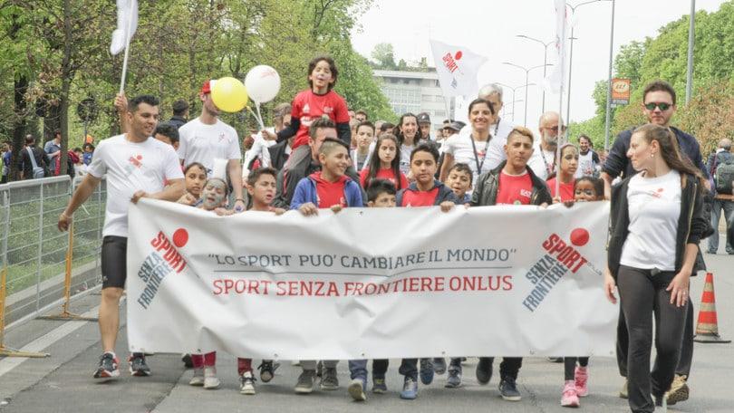 """Sport Senza Frontiere"" a Milano Marathon"