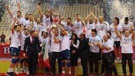 Volley: Challenge Cup, Ravenna in festa, la Coppa è sua !