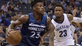 NBA, Butler ai ferri corti con i Timberwolves