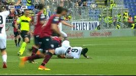 Cagliari-Udinese, Giacomelli scivola e cade