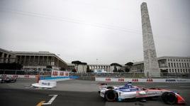 Formula E, le spettacolari immagini della gara sul tracciato dell'Eur