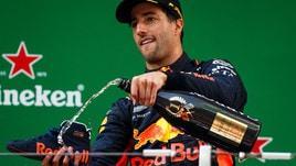 Formula 1, trionfo Ricciardo, male Vettel