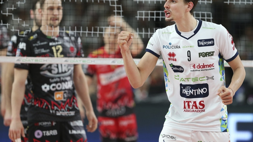 Volley: Semifinali Play Off, Gara 4: Civitanova in finale, Trento e Perugia alla bella
