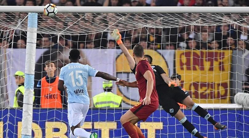 Lazio-Roma 0-0: Bruno Peres e Dzeko fermati dai legni