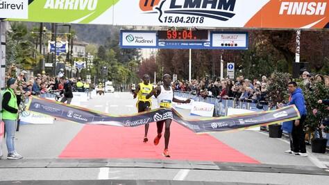 Nexia Audirevi Lago Maggiore Half Marathon da record: si vince con 59'06