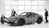 Porsche si prepara al lancio della nuova 911