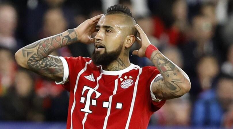Bayern, Vidal deve operarsi al ginocchio: difficile il recupero per il Real