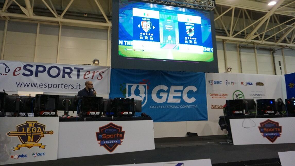Alcuni scatti della finale di Lega Prima, il campionato italiano di League of Legends organizzato da GEC - Giochi Elettronici Competitivi e Romics, disputata il 7 e 8 aprile a Roma. Non solo LoL: anche FIFA è stato protagonista con l'eSports Academy Trophy.