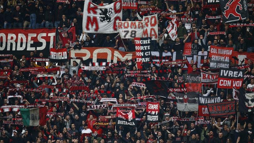 Serie A Milan, maxi-multa per i cori contro Napoli