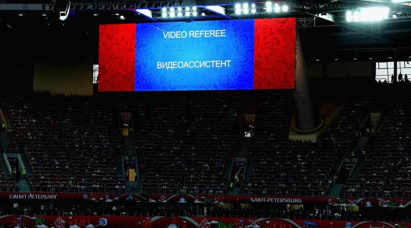 Russia 2018, i replay del Var verranno proiettati sui megaschermi degli stadi
