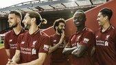 Il Liverpool svela la nuova maglia: non c'è Emre Can