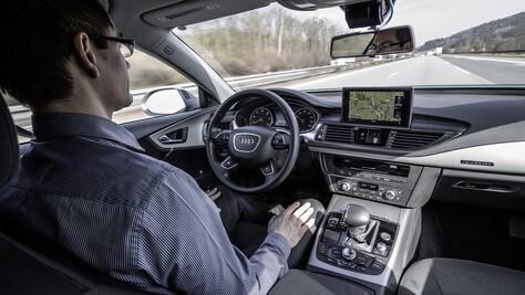 Guida autonoma: via alla sperimentazione anche in Italia